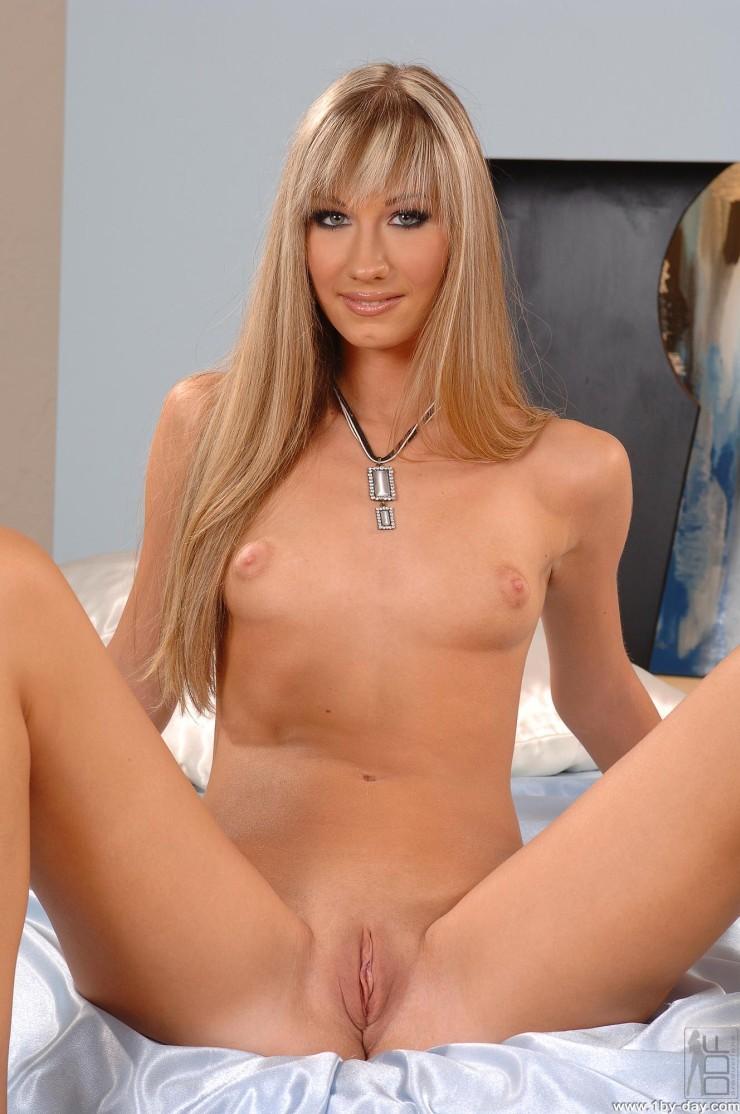 Cindy White