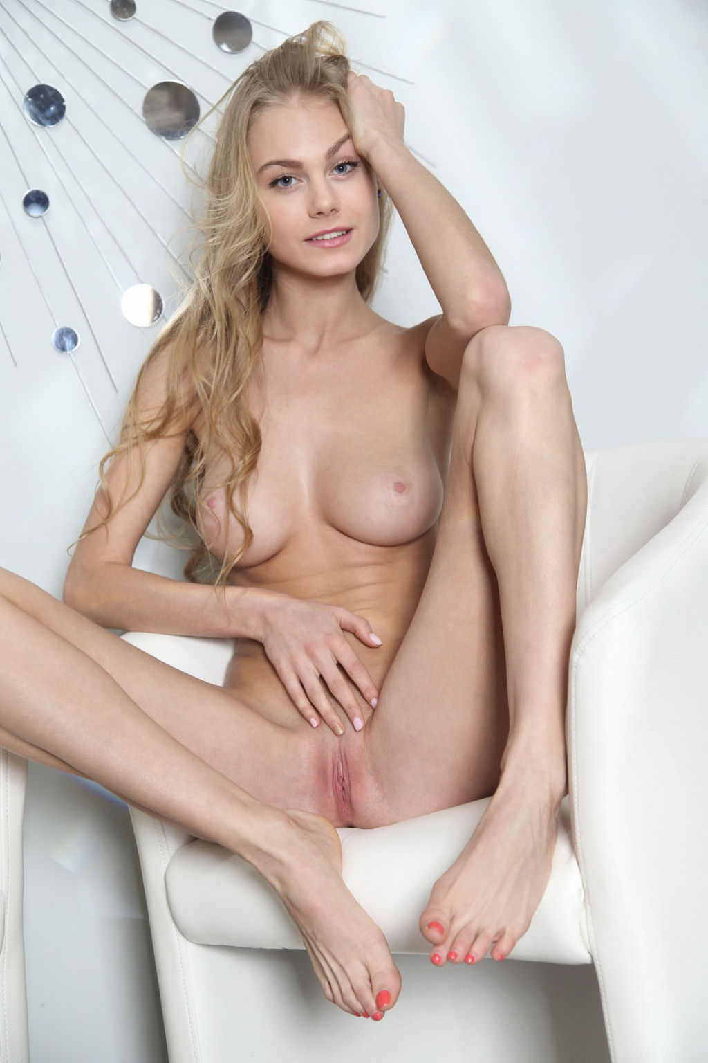 Nancy Blue 16