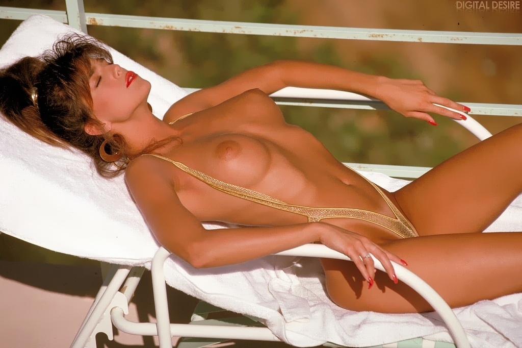 Raquel Darrian