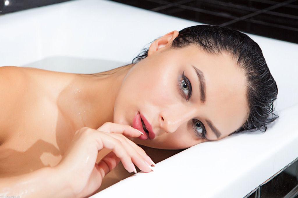 Danica «Yarina» Jewels 18